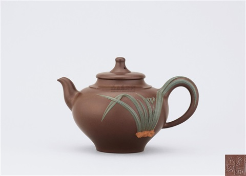teapot with orchid pattern motif by huang yunyun
