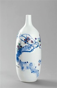 爱满天下 釉下五彩瓷瓶 (love all over the world, polychrome underglaze porcelain vase) by liu ping
