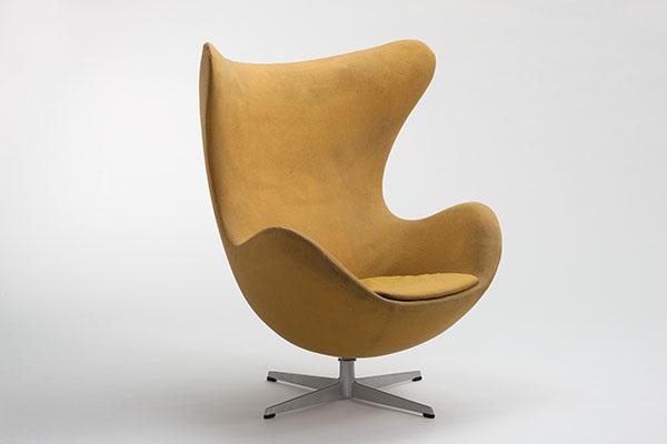 The Egg Chair By Arne Jacobsen And Fritz Hansen On Artnet