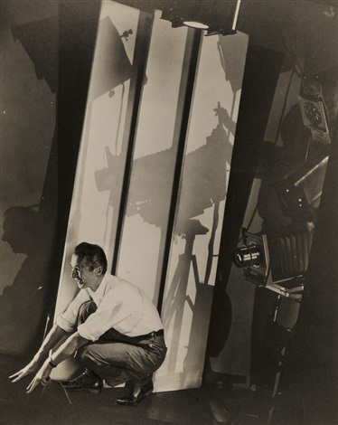 self-portrait with photographic paraphernalia, for vanity fair by edward steichen