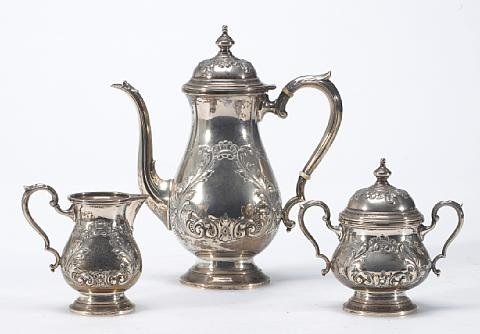 coffee set comprising coffee pot sugar bowl with cover and cream pitcher set of 3 by fisher silversmiths co