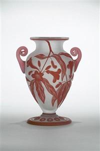 vase by thomas webb