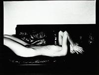 flicka på divan by catharina gotby