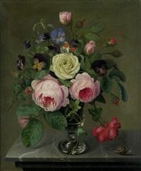 blumenstilleben mit rosen und stiefmütterchen by emmeline humblot