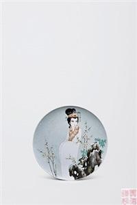 "粉彩人物""赏梅""盘 by dai ronghua"
