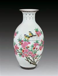 水点桃花瓶 (peach blossom) by xu yafeng