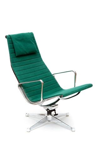 Eames Stoel Lounge.Een Aluminium Group Lounge Stoel By Charles Eames On Artnet
