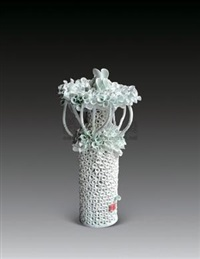 岁月荷莲 (porcelain sculpture) by ren ruihua