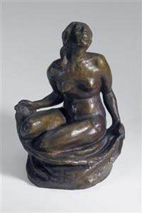 statuette vi (hockender weiblicher akt mit tuch) by kurt kluge