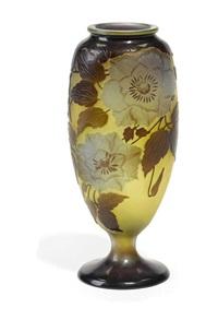 rose vase by cristallerie d'emile gallé