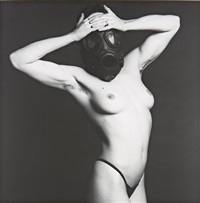 lisa lyon in gas mask by robert mapplethorpe
