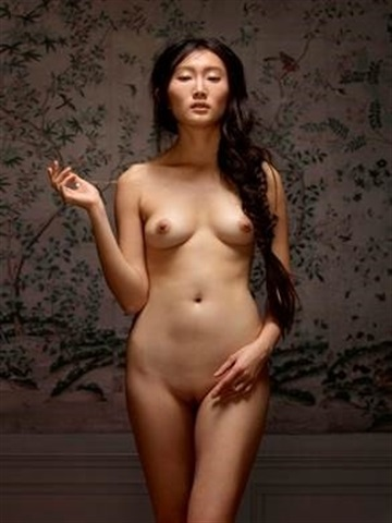 Nude female picture