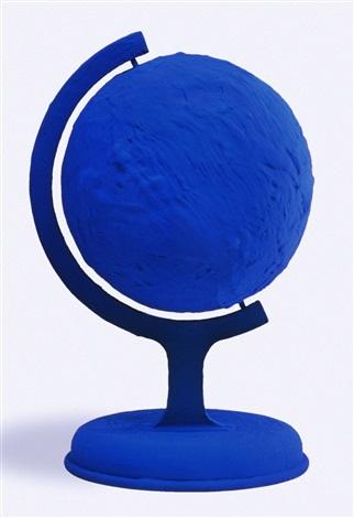 globe terrestre bleu blue earth rp 7 by yves klein on artnet. Black Bedroom Furniture Sets. Home Design Ideas