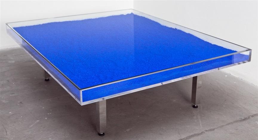 Table yves klein bleu klein by yves klein on artnet for Table yves klein