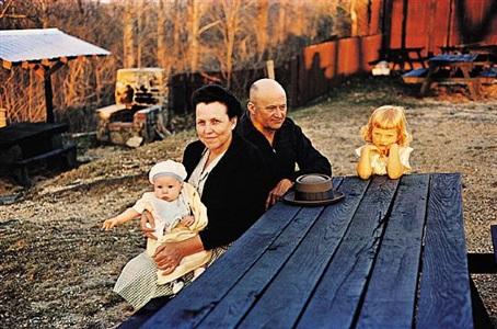 'americans in kodachrome' edited by guy stricherz (golden girl, henderson county, north carolina. w.o. wiggins, photographer) by guy stricherz