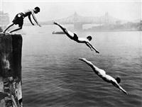divers, east river by arthur leipzig