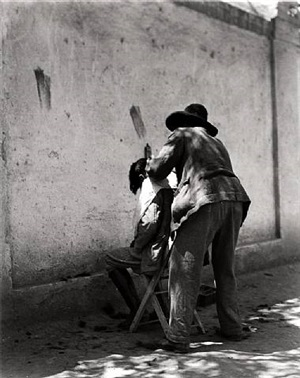 el peluquero (the barber) mexico by manuel alvarez bravo