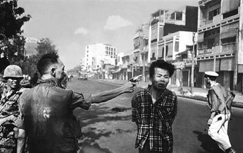 street execution of a viet cong prisoner, saigon by eddie adams