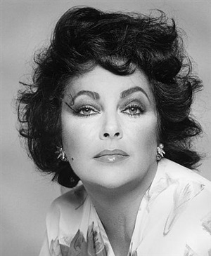 elizabeth taylor by francesco scavullo