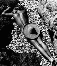 le plage de cabasson, lisa fonssagrives by fernand fonssagrives