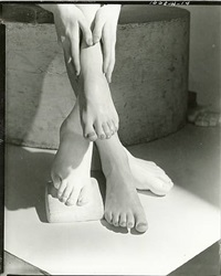 barefoot by horst p. horst