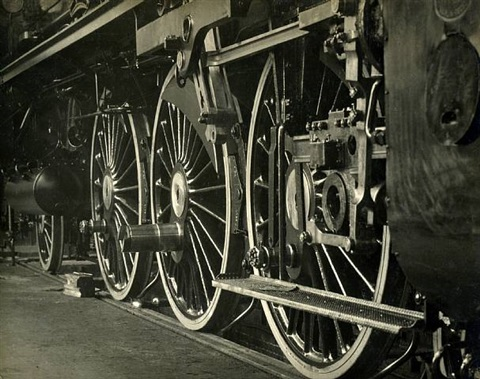 ocomotive wheels, borsig locomotive works, berlin, germany by emil otto hoppé