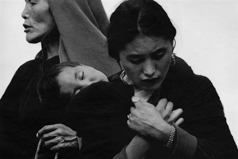 the 3 generations of women<br>tibet by caroline halley