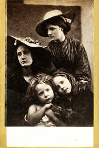 summer days (may prinsep, freddy gould, lizzie koewen, mary ryan) by julia margaret cameron