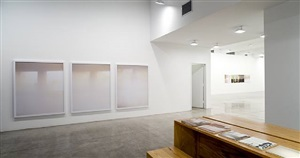 installation view, tanya bonakdar gallery, new york by uta barth