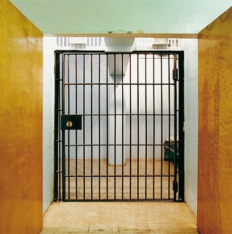 Final Holding Cell Indiana State Prison Michigan City Indiana Aus Der Serie The Omega Suites By Lucinda Devlin On Artnet