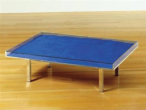 table bleue (blue table) by yves klein