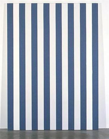 photo-souvenir : peinture acrylique blanche sur tissu rayé blanc et bleu, travail situé by daniel buren
