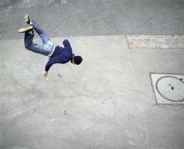 la chute n° 15 by denis darzacq