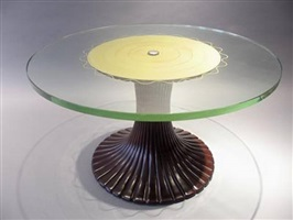 circular table by osvaldo borsani