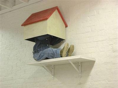 a doll house by hans van meeuwen