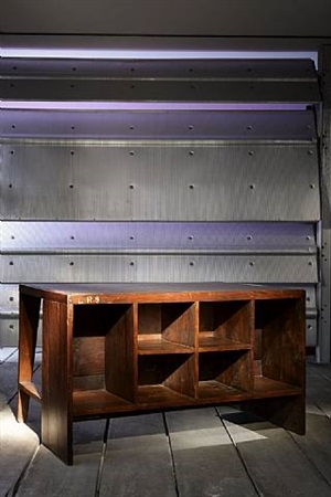 bureau chandigarh / chandigarh desk by pierre jeanneret