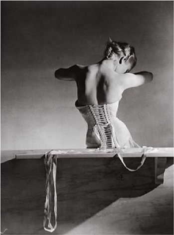 the mainbocher corset, paris by horst p. horst