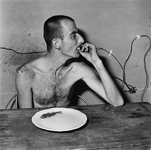 lunch time by roger ballen