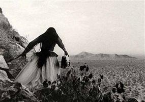 mujer angel, sonora desert by graciela iturbide