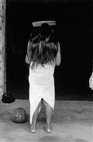 la niña del peine (girl with hair-comb), juchitán, oaxaca by graciela iturbide