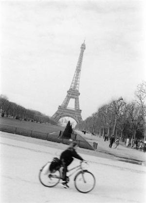 paris by hans peter feldmann