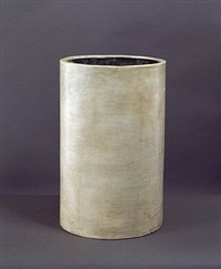 vase cylindrique / cylindrical terracotta vase by jean-michel frank