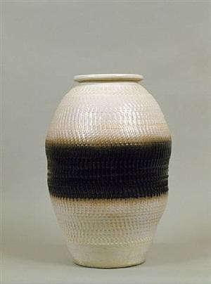 vase en céramique / ceramic vase by jean besnard