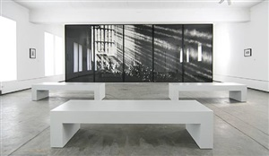 installationsansicht by robert longo
