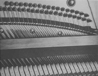 pianola (103300) by manuel alvarez bravo