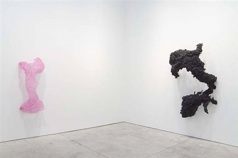 exhibition views by lynda benglis