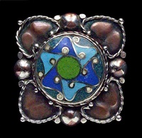 arts and crafts brooch by nelson & edith dawson