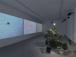 ausstellungsansicht, ubehebe, galerie barbara weiss, berlin, 2010 by heike baranowsky
