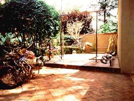 jardin de los cuervos by judy pfaff