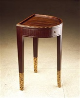 guéridon fer à cheval en amarante et marqueterie de bois clair / tripod table in amaranth and light-colour wood marquetry by émile jacques ruhlmann